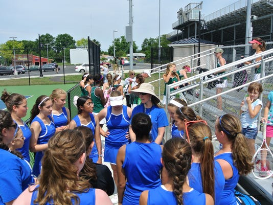 Elizabethtown defeated Central Dauphin East in the first scrimmage of the season on Saturday, August 16. In an entertaining day of tennis, three of the Varsity matches went the distance to 3rd set tie-breakers, where the Lady Bears pulled out all three.