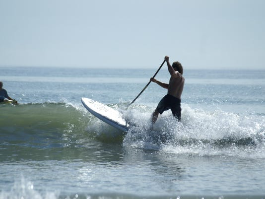 2015 1348593786-unknown sup practices for challenge.JPG_20100821.jpg