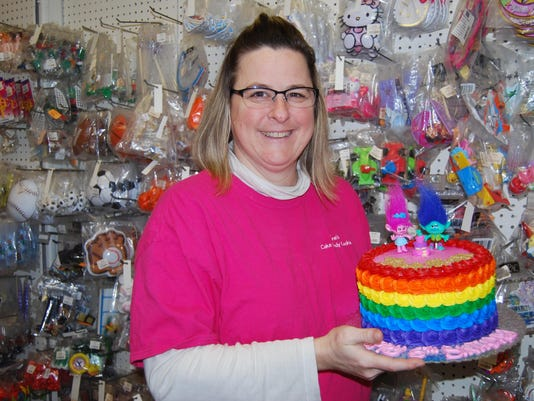 Dianes Cake Candy And Cookie Supply Offers A Variety Of Items Cakes Made To Order
