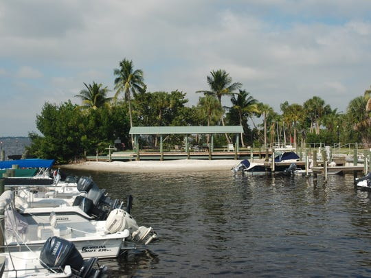 One of the biggest features of Waters Edge is the marina.