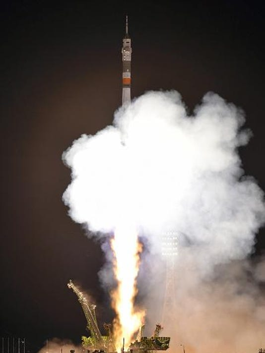 Expedition 44 Launches
