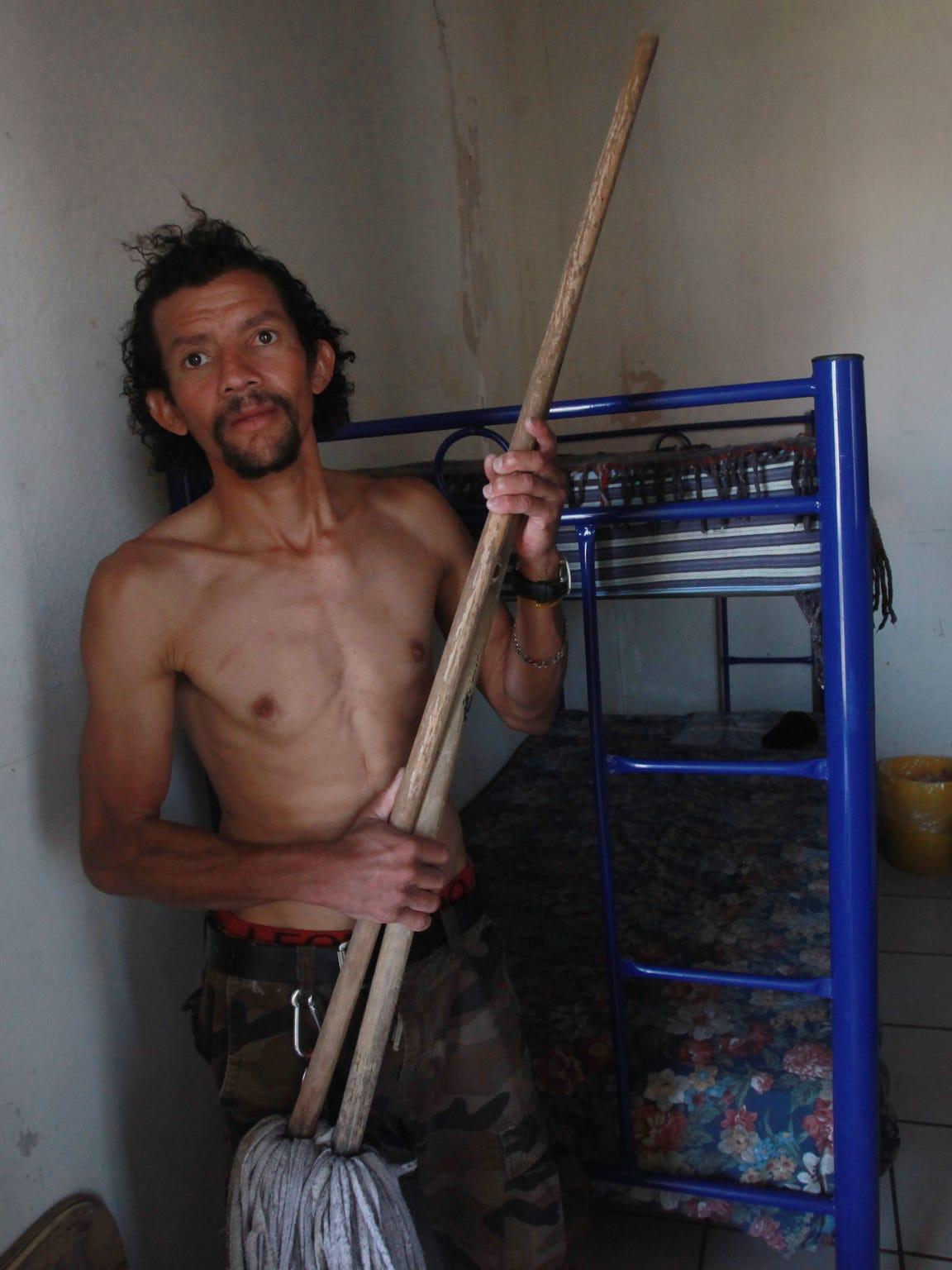 Jose Humberto Montalvan, a Honduran migrant who abandoned