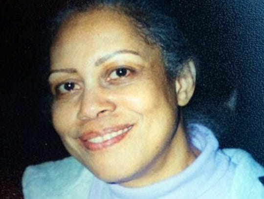She called 911. Then she was killed. Now a jury has awarded $1 million to her family