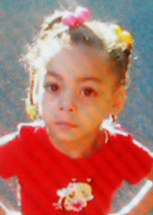 Erika Davis had been missing for 2 years, kidnapped by her father, her mother's family said.