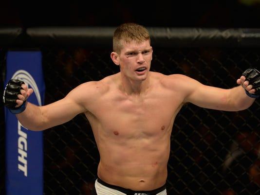 The Ultimate Fighter Finale: Ellenberger v Thompson