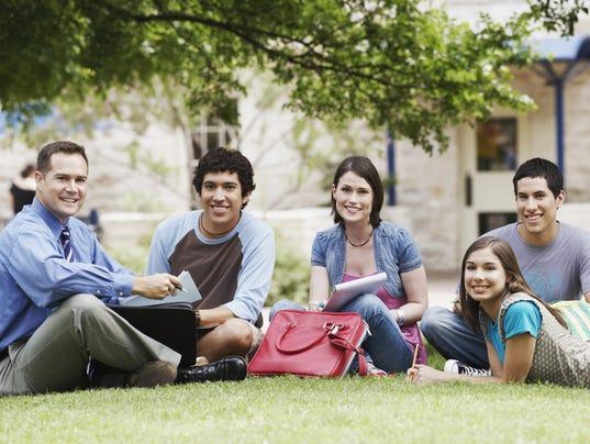 635962638329414437-estudiantes-universitarios.jpg