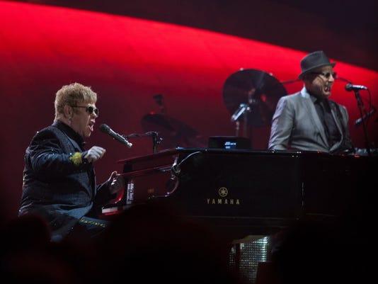 Elton8.jpg