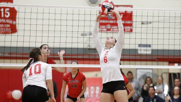 Tappan Zee's Hailey McCloskey (6) sets a pass dueing
