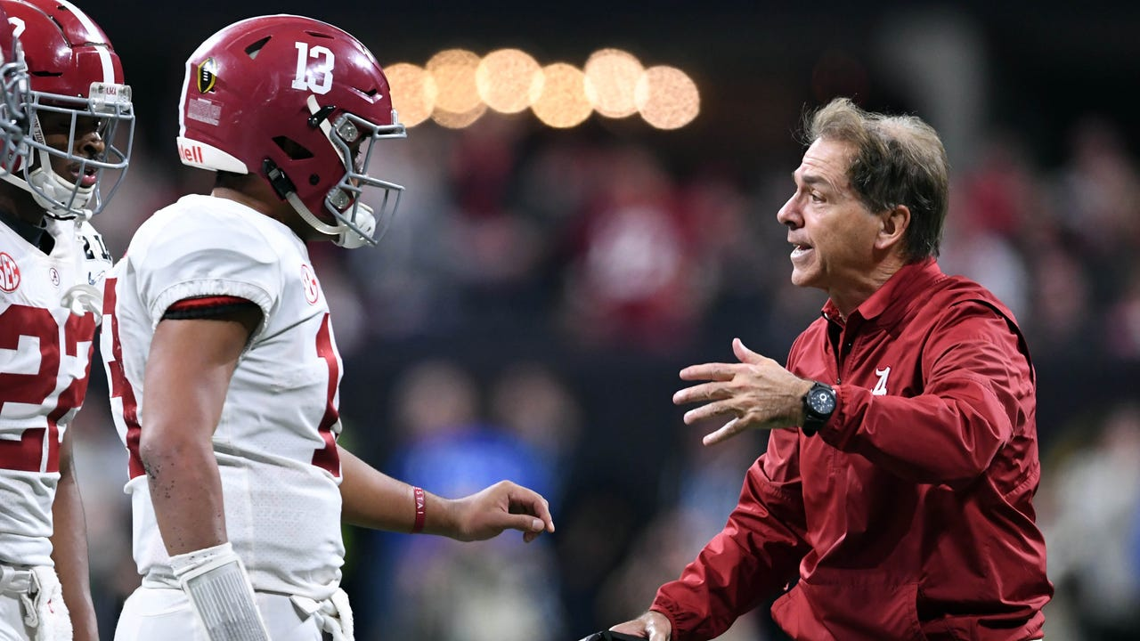 SportsPulse: Nick Saban explains why he decided to bench starting QB Jalen Hurts and put freshman Tua Tagovailoa into the national championship game.