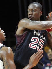 Quenton DeCosey (right) leads Temple.