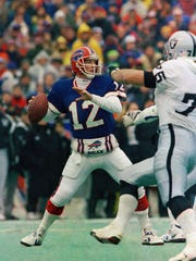 Buffalo Bills quarterback Jim Kelly in the AFC Championship