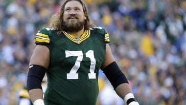Heading into 2016, the Packers should have about 20 players entering the final year of their contract. About a half dozen of them will be starters including Josh Sitton (center).