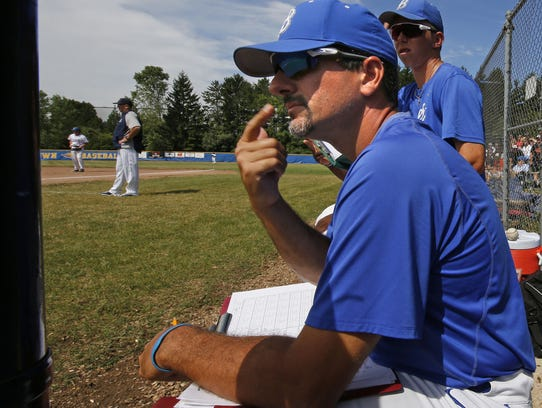 Whitefish Bay varsity baseball coach Jay Wojcinski