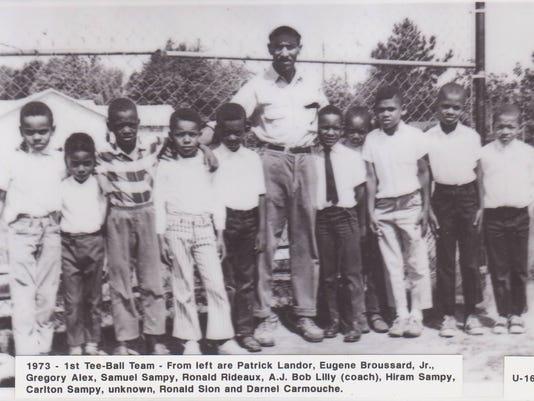 Tee ball team in 1973.jpg