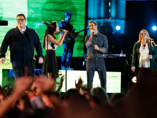 "Team Adam sings The Beach Boys' ""Wouldn't It Be Nice"" (l-r) Jordan Smith, Amy Vachal, Adam Levine and Shelby Brown."