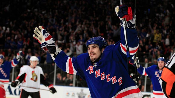 Free agent center Brian Boyle, in 2012 when he was part of the Rangers, has agreed to join the Devils on a $5.1 million, two-year deal. He previously was with the Lightning.