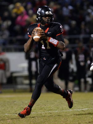 Parkway quarterback Keondre Wudtee drops back to pass during the Panthers Class 5A second-round playoff game against Acadiana.