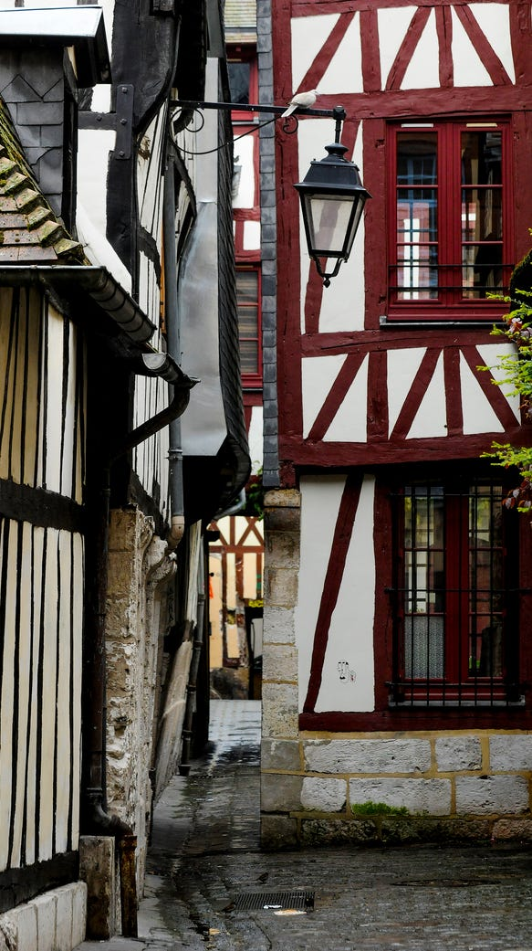 The streets of Rouen.