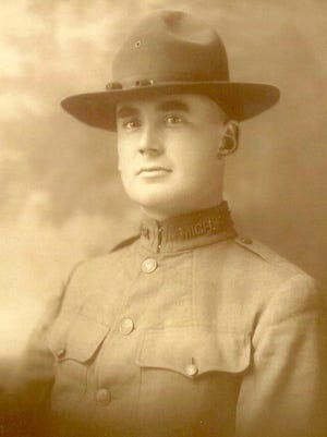 A memorial service observing the 100th anniversary of the death of Lt. Charles A. Hammond will be at 5 p.m. Monday at Lakeside Cemetery.