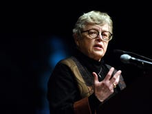 Column: MSU's Lou Anna Simon's apology to Nassar's victims rings hollow and distant
