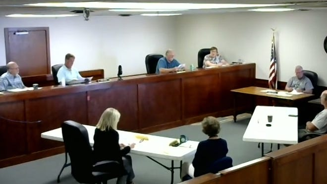 The Ionia County Board of Commissioners voted 6-1 at its meeting on Tuesday, Aug. 18, to interview road department managing director Troy Waterman at its Aug. 25 meeting. District One Commissioner and Chair David Hodges was the lone no vote.
