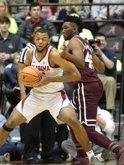 Alabama Crimson Tide forward Galin Smith (30) goes