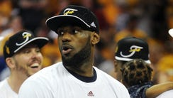 Cleveland Cavaliers forward LeBron James (23) with