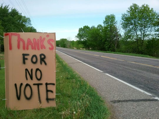A sign outside Sandi Gohmann's house on May 25 thanks