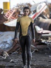 Brianna Hildebrand plays Negasonic Teenage Warhead.