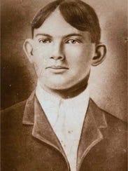 Portrait in the early 1910s, son Edward LeRoy Carlisle.