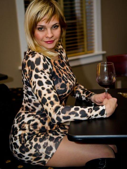 Oxana Mak Folls.JPG