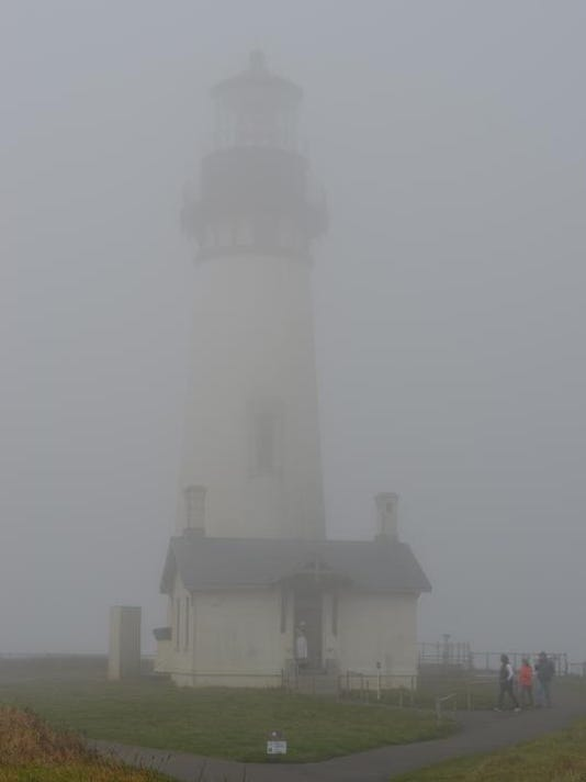 SAL0330-Lighthouse closed