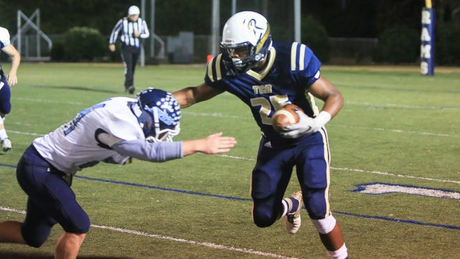 Shaquille Gist and Roberson are home for Friday's start to the NCHSAA football playoffs.