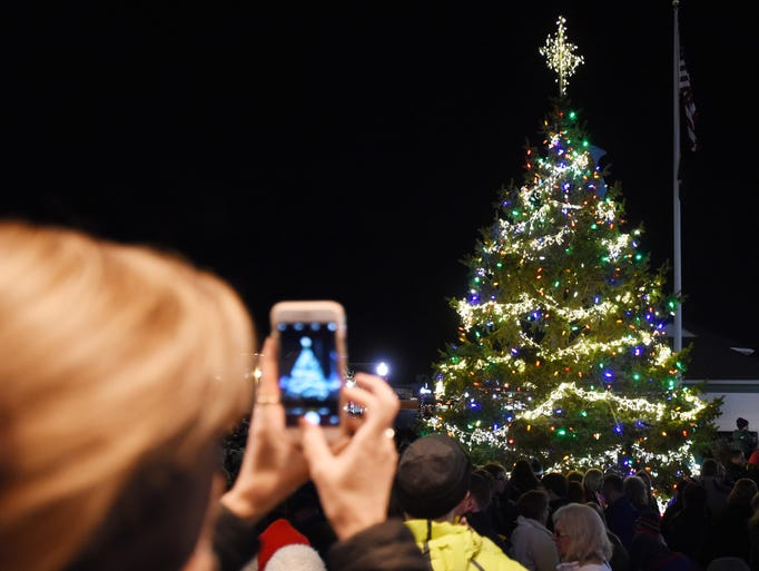 Rehoboth Beach's annual Christmas tree lighting ceremony