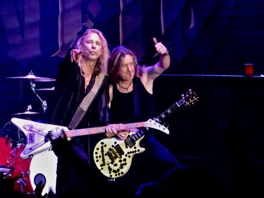 Bassist Dana Strum (left) and guitarist Jeff Blando