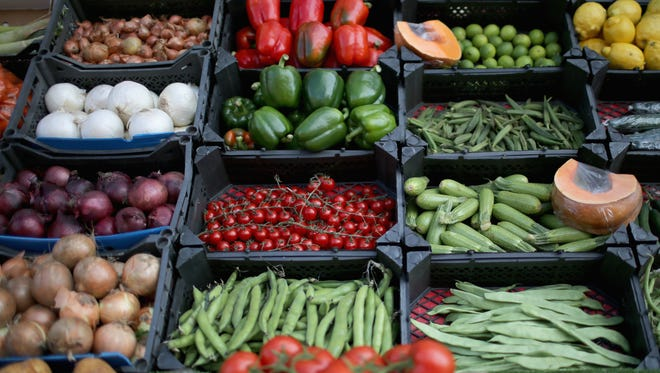 Adding fruits and vegetables to your diet is a great healthy habit to have, and it's more than possible with a college lifestyle.