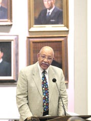Retired Justice Leander Shaw Jr., the first Africian American to serve as Chief Justice of the Florida Supreme Court, died Monday.
