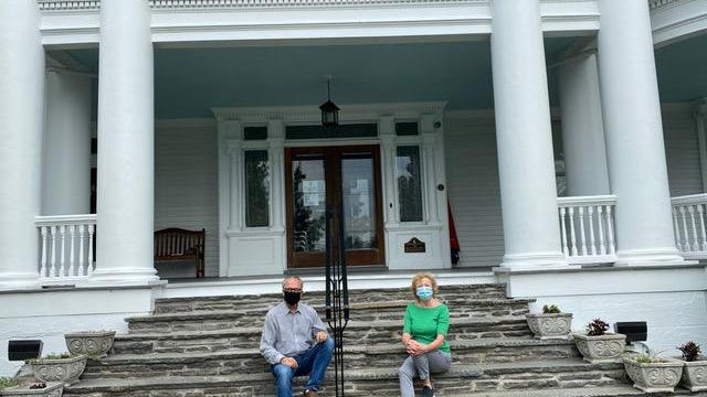 American Readers Theatre director Jeffrey Stocker, left, with musical director Sandy Stalter on the steps of The Columns Museum in Milford have announced a live concert of Broadway tunes. Performers will be on the porch.