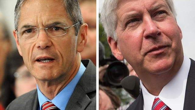 Mark Schauer, left, and Gov. Rick Snyder