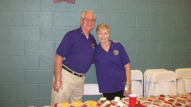 Gary Evans and wife, Betty, help with a Smyrna Lions Club fundraiser.