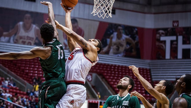 Ball State's Franko House shoots past Chicago State's defense during their game at Worthen Arena Thursday, Dec. 31, 2015.