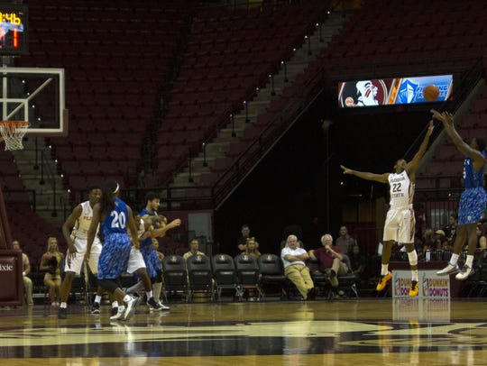 Lynn University's basketball team plays the Florida State University team in 2015.