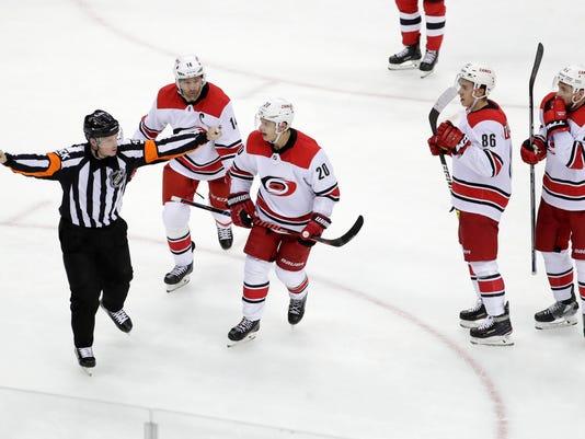 Hurricanes_Devils_Hockey_00376.jpg