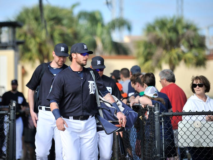 Tigers catcher Jarrod Saltalamacchia walks out with