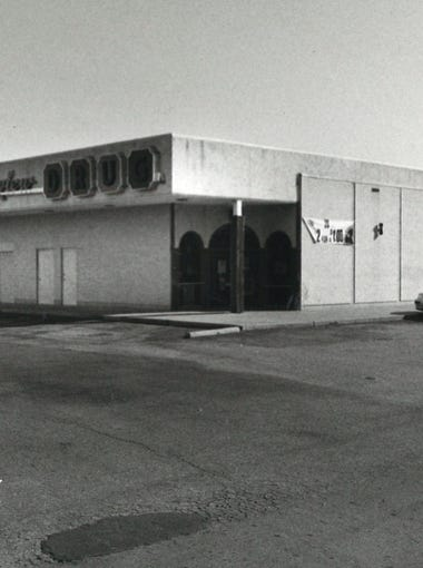 The exterior of Cullen Mall in December 1993.