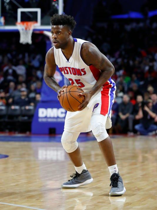 d5c639e71 Reggie Bullock returning to Pistons on two-year