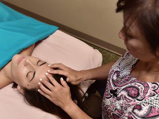 Daisy Sharon massages at Studio 7.