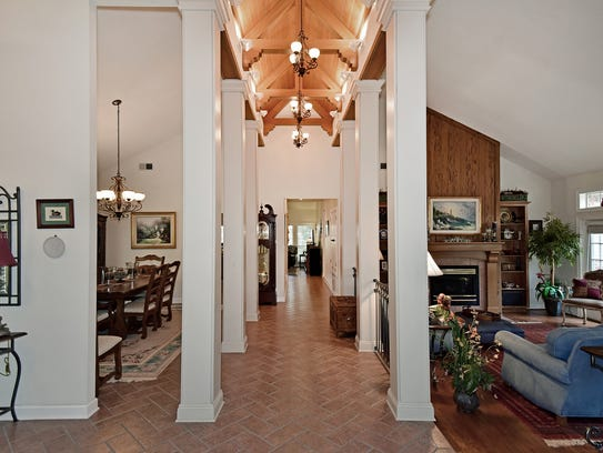2639 Cove Rd, the cathedral ceiling hallway.