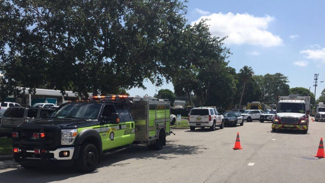 A bomb threat at the Stuart post office closed roads May 15, 2017.