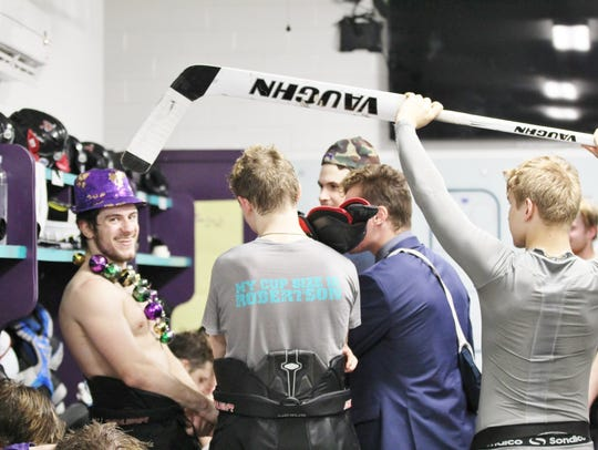"Mudbugs forward Jay Feiwell gets ""interviewed"" by teammates"